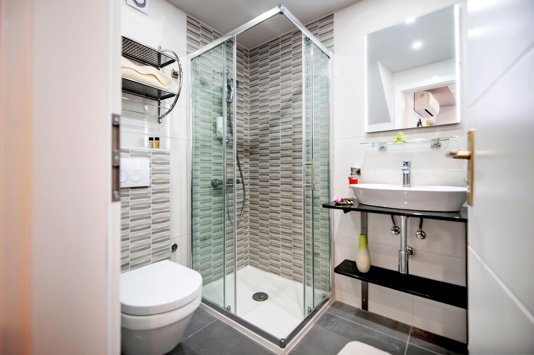 Studio Classic - bathroom